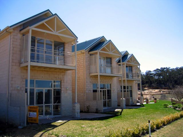 Magnificent new homes for sale on the golf course